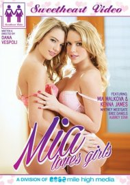Mia Loves Girls