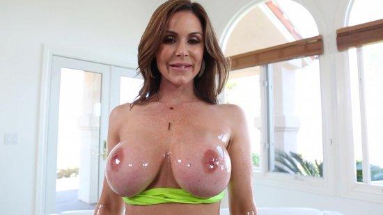 Big Wet MILF Tits featuring Kendra Lust