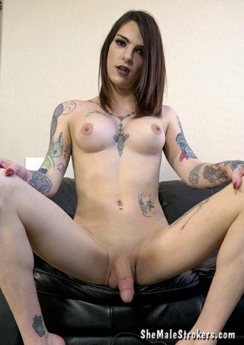 Chelsea Marie  Bodyshot